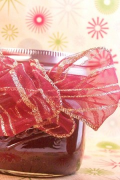 Hot Fudge Sauce for Fun with Jars Friday- Bonus Christmas Gifts Ideas Too!