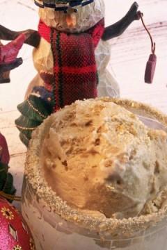 Gingerbread Ice Cream- Christmaspalooza rolls on!
