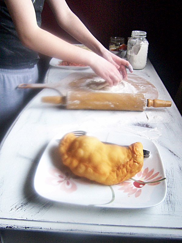 Panzerotti aka Deep Fried Pizza | Cravings of a Lunatic | #pizza #panzerotti #deepfried #recipe #dinner #cheese