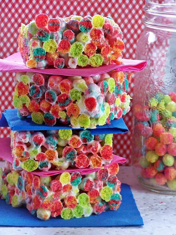 Trix Krispies | Cravings of a Lunatic | #trix #krispies #cerealtreats #desserts #kidsfood #funfood