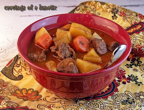 Lunatic's Garlic Beef Stew or Why Vampires Won't Attack You Tonight