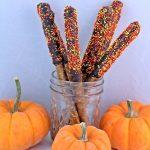 Halloween Pretzel Sticks