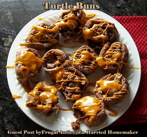Turtle Sweet Rolls by Frugal Antics of Harried Homemaker | Featured on Cravings of a Lunatic Turtles Recipe Round Up | #turtles #caramel #chocolate #pecan #sweet