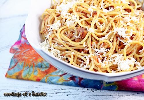 Poggio Alloro Beef Ragu Sauce {Ragu alla Poggio Alloro} from cravingsofalunatic.com- This classic pasta recipe is simple to make and uses fresh ingredients. It will quickly become your family's favourite pasta recipe!