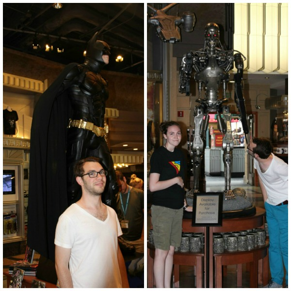 Universal Studios- Fun with Statues