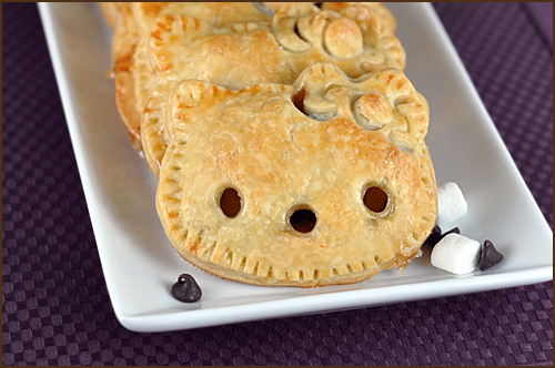 Hello Kitty S'mores Pocket Pies by Very Culinary
