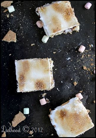 S'mores Cheesecake Bars by Diethood