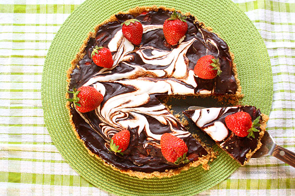 Strawberry S'mores Tart by Chocolate Moosey