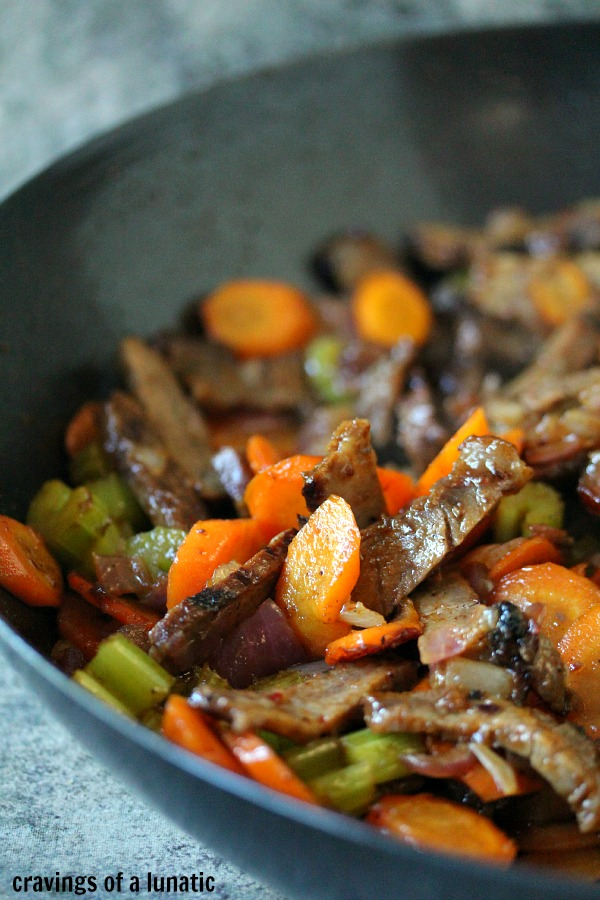 Beef Stir Fry | Cravings of a Lunatic | #beef #stirfry #leftovers #dinner #recipe #easyrecipe