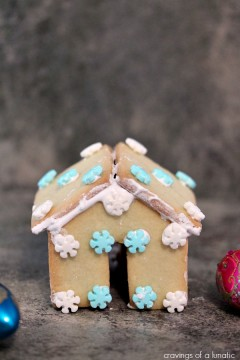 Mini Sugar Cookie Houses for Hot Chocolate Mug Perches | Cravings of a Lunatic | Super cute and fun to make!