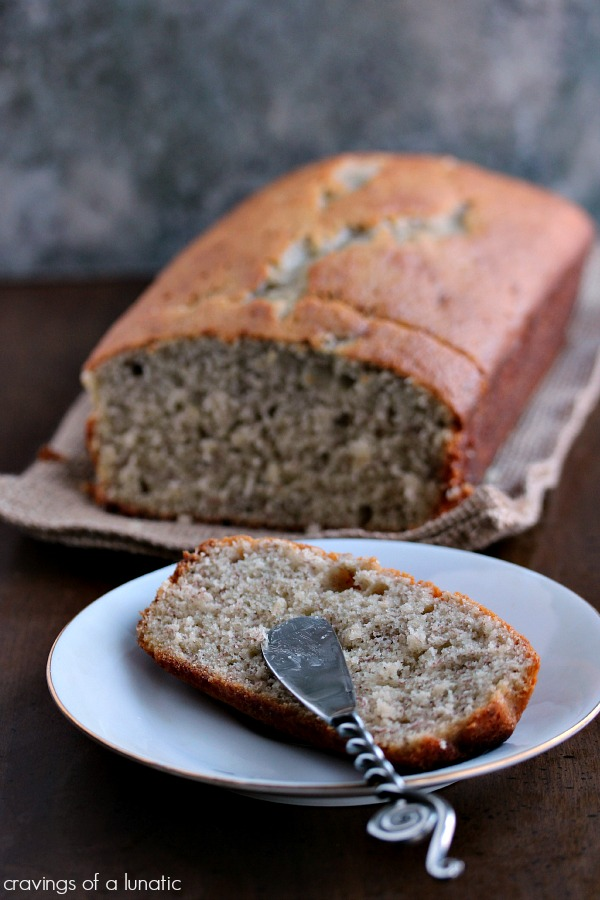 Momzie's Banana Bread | Super easy recipe for banana bread. Absolutely delicious!