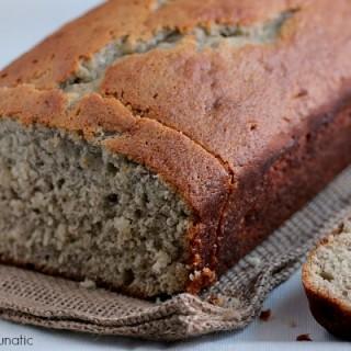 Momzie's Banana Bread | Super easy recipe for banana bread. Absolutely delicious!