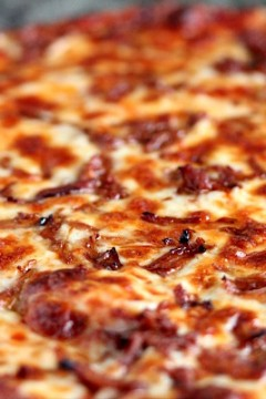 Pulled Pork Pizza   Cravings of a Lunatic   Super easy to make and very versatile.