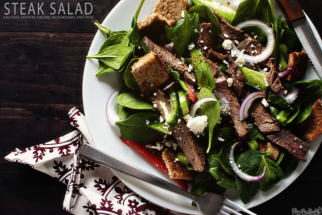 Spinach and Steak Salad from Pass the Sushi, featured on Cravings of a Lunatic | I need this salad in my life!