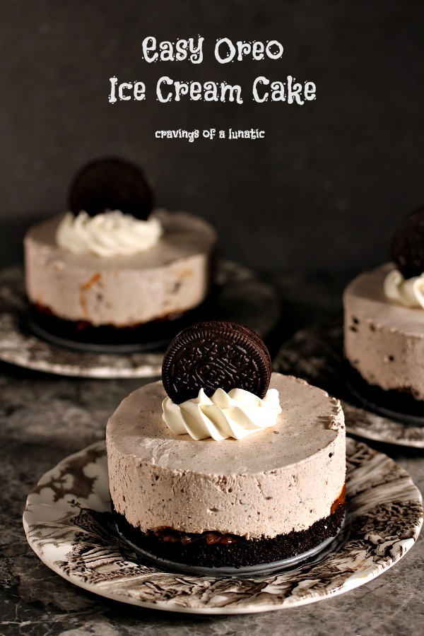 Oreo Ice Cream Cake | This is a super easy way to make a cheater ice cream dessert that will impress your family and friends.