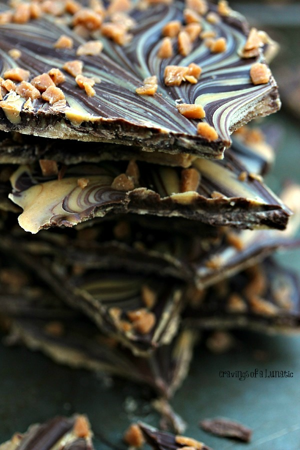 Chocolate and Peanut Butter Bark. This easy to make Chocolate and Peanut Butter Bark is a real crowd pleaser. The chocolates are marbled together then topped with Skor Bits.