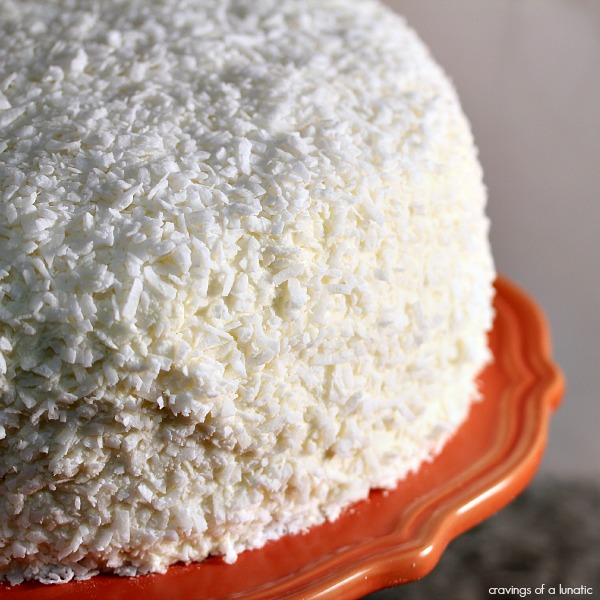 Coconut Layer Cake | This coconut layer cake is easy to make, and absolutely loaded with coconut flavour. Coconut Layer Cake | This coconut layer cake is easy to make, and absolutely loaded with coconut flavour.