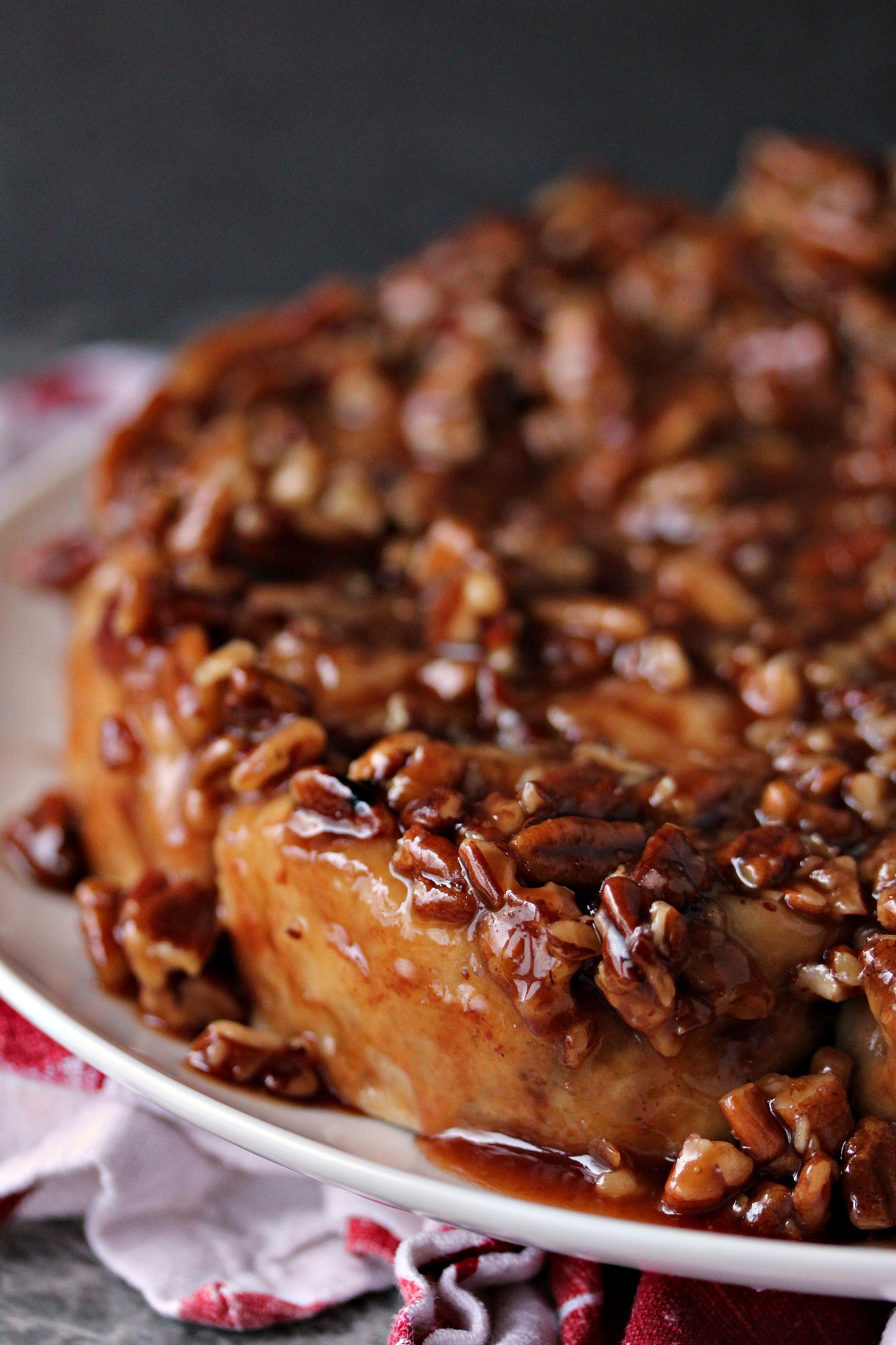 Overnight Apple Pecan Caramel Sticky Buns from cravingsofalunatic.com ...