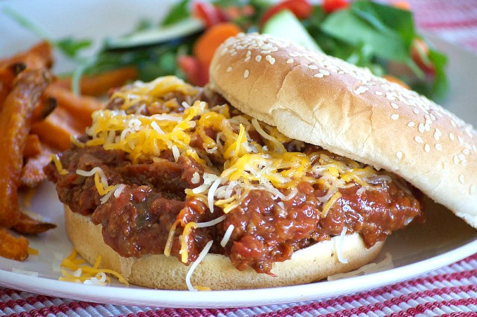 Slow Cooker Sloppy Joes – 365 Days of Baking and More, featured on cravingsofalunatic.com for our Slow Cooker Recipe Round Up Collaboration. (@CravingsLunatic)