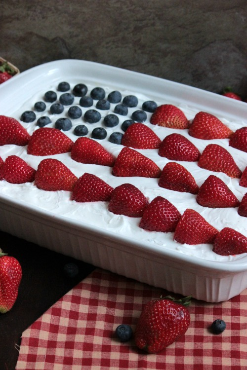USA Flag Eclair Cake – Big Bears Wife