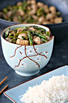 Chicken and Asparagus Stir-Fry with Lemon
