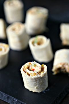 Chicken Fajita Mini Roll Ups {Pinwheels}