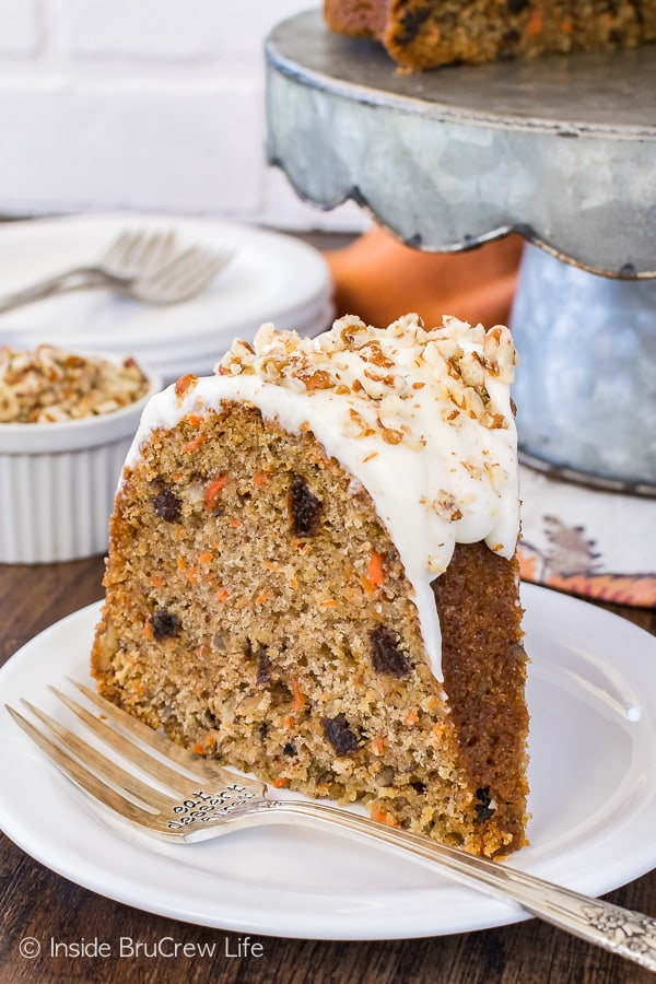 close up image of Carrot Bundt Cake from Inside Brucrew Life