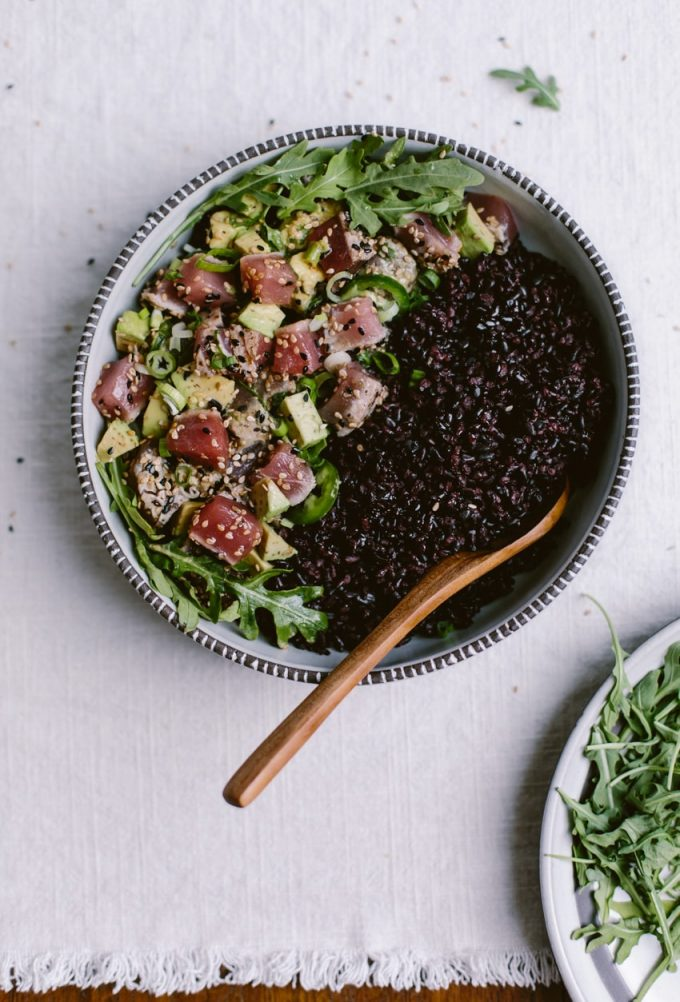 overhead image of Sesame Crusted Seared Tuna Salad Bowl from Foolproof Living